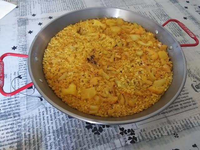 Paella De Col I Bacalao Para Dos