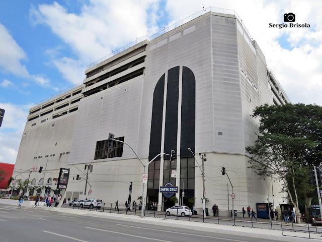 Vista ampla do Shopping Metrô Santa Cruz - Vila Mariana - São Paulo