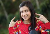 Mannara Chopra Sizzling Stills-thumbnail-5
