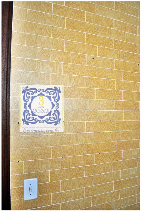 como colocar papel adesivo na parede