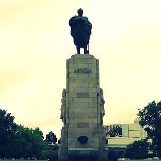 Monumento ao General José de Artigas, na Recoleta