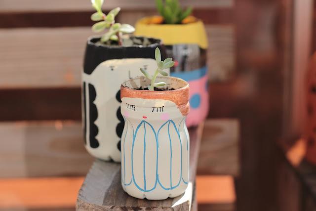 faire des pots de fleurs avec des bouteilles