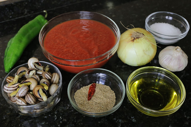 Ingredientes para cabrillas con tomate