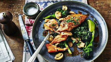 سمك السلمون فوائد السلمون طريقه تحضير السلمون مكونات وصفة السلمون طريقة طبخ السلمون الألياف الغذائية 