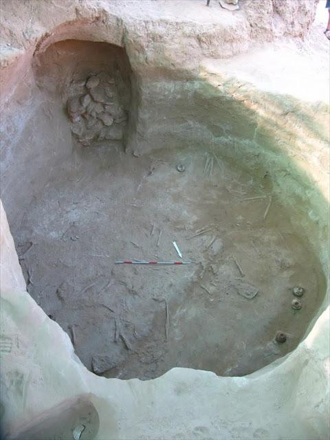 Αποτελέσματα της ανασκαφικής έρευνας στη νεκρόπολη της Τραπεζάς Αιγίου