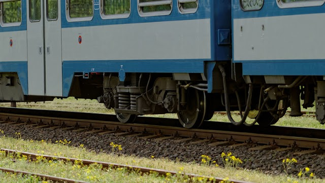 Vonat és személyautó ütközött össze a XVII. kerületben