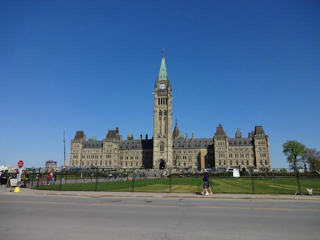 Onde ficar em Ottawa? Parlamento canadense