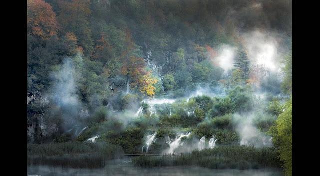 جولة سياحية أجمل البلاد مستوى العالم كرواتيا بليتفيتش Fog-and-fall-at-Plitvice-Lakes-National-Park-Croatia.jpg