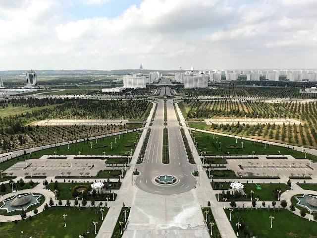 トルクメニスタンの首都アシュガバード