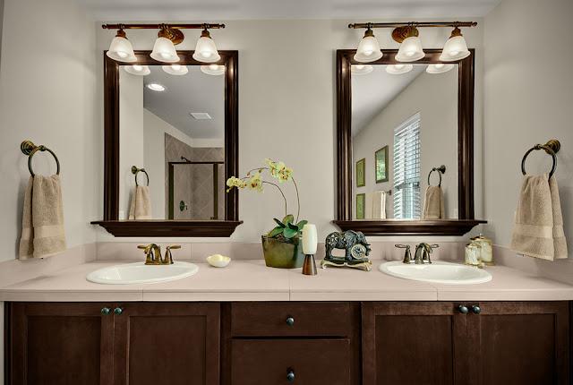 Types of Bathroom Mirrors