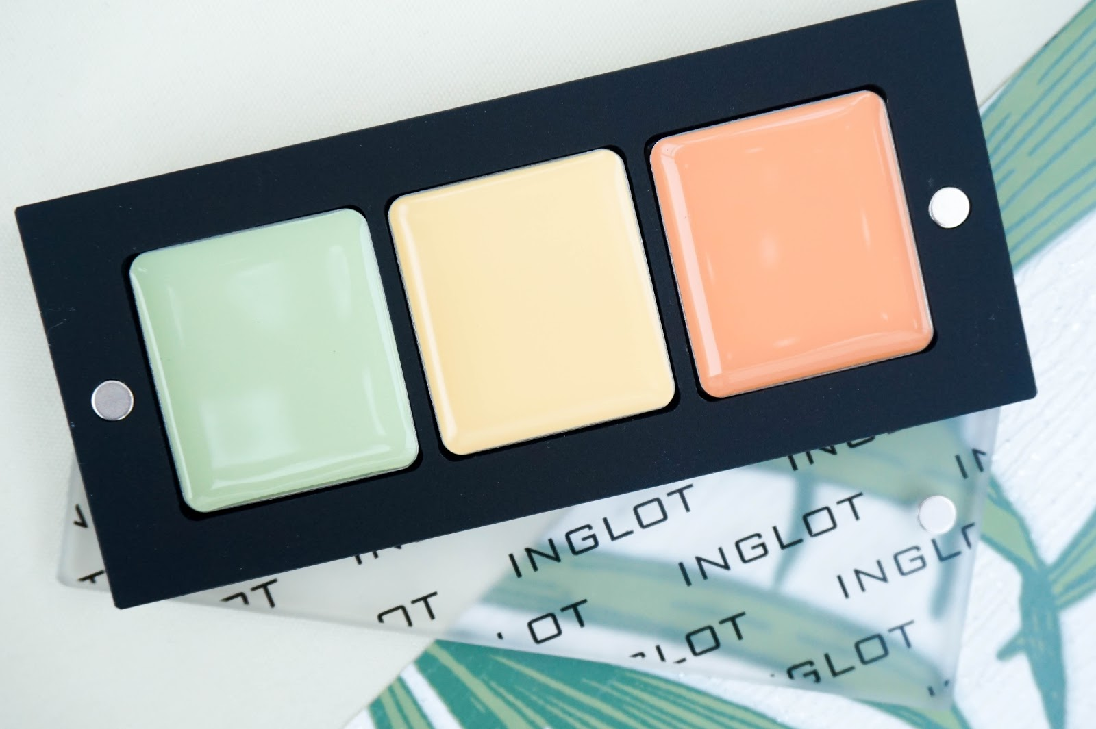 Colour Correcting with Inglot