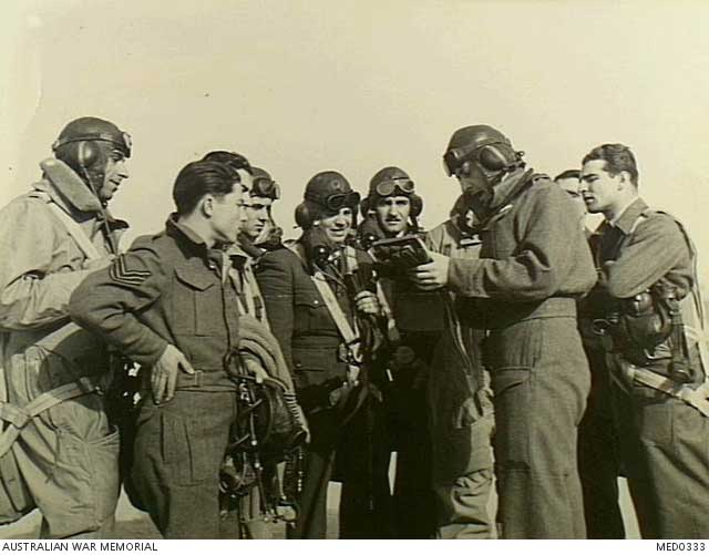 Greek pilots in the Western Desert, 4 February 1942 worldwartwo.filminspector.com
