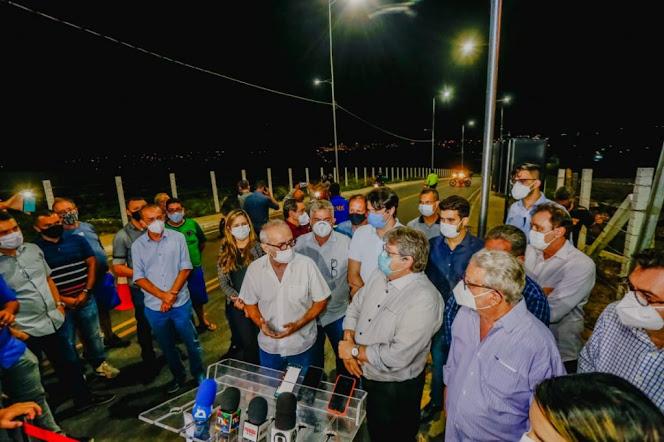 Cícero participa da entrega de ligações viárias e destaca parcerias com o Governo em intervenções de mobilidade