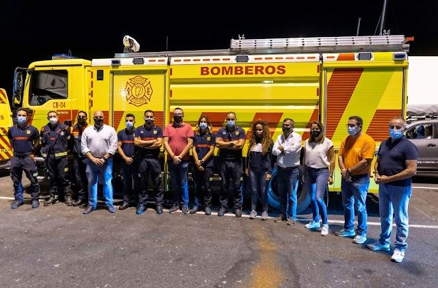 Dispositivo de Bomberos de Fuerteventura parte a La Palma para colaborar en la situación ocasionada tras la erupción volcánica