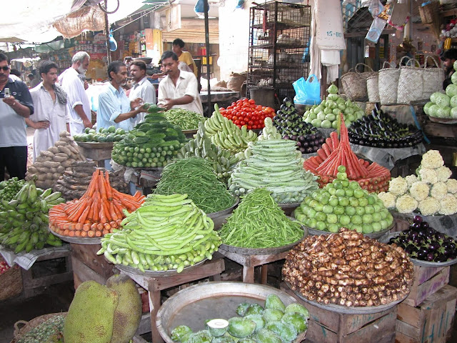 Pakistan gets shock due to stoppage of trade from India, Bakrid faded due to high cost of goods