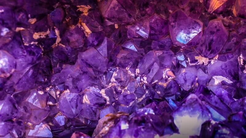 top-10-most-valuable-minerals-in-the-world