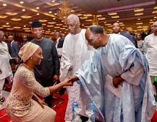 Photo: Dolapo Osinbajo kneels down to greet General Yakubu Gowon