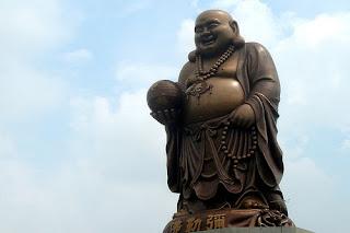 Gran Buda de Maitreya