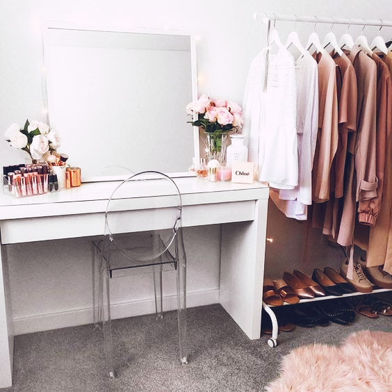 Storage Inspiration: 10 Perfectly Arranged Open Closets