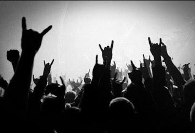 Cuernos arriba! Hoy se celebra el Día Mundial del Rock