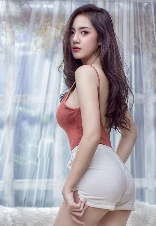 Hot girl quyến rũ bậc nhất Thái Lan mặc áo dây đẹp thứ 2 thì ít ai tranh số 1