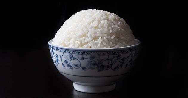 Para que el arroz blanco quede suelto
