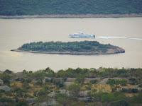 katamaran brzobrodska linija Split - Hvar - Milna - Vis Mrduja slike otok Brač Online