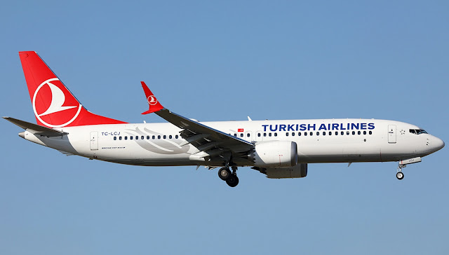 Turkish Airlines TC-LCJ - Boeing 737 Max 8