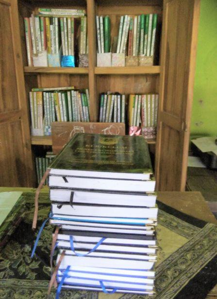 Contoh Notulen Rapat Review kurikulum, Pengembangan Kurikulum Dan Evaluasi Diri Sekolah (EDS) SD/MI, SMP/MTS, SMA/MA/SMK