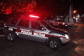 Polícia Militar desarticula local de venda de drogas conhecido como 'Cabaré da Magah' em João Pessoa