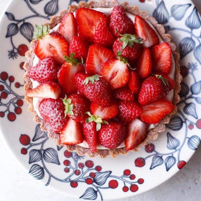 jagode-tart-desert-kolači-recepti