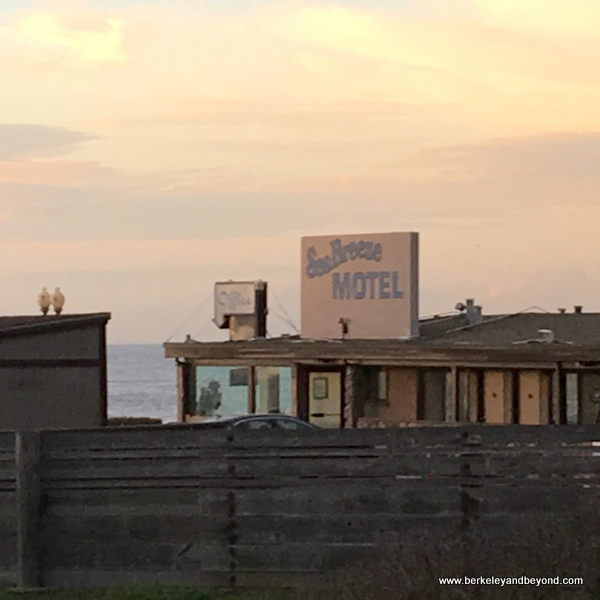 exterior of Seabreeze Motel at Rockaway Beach in Pacifica, California