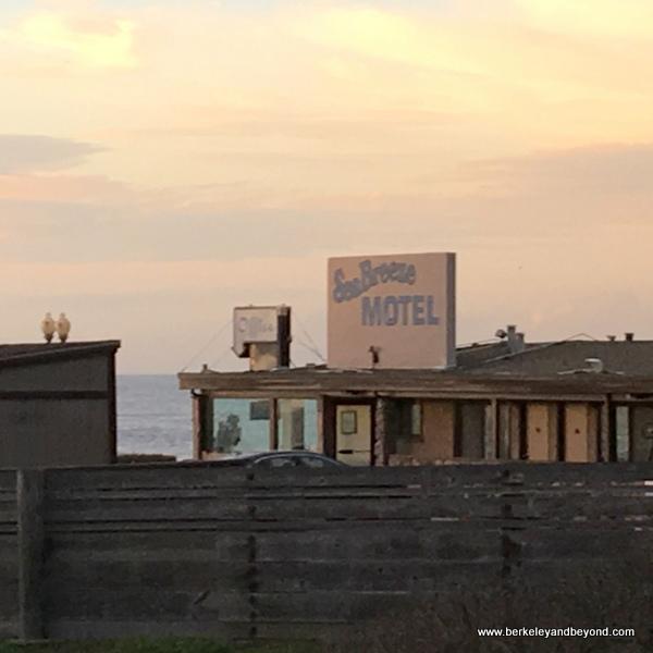 exterior of Seabreeze Motel at Rockaway Beach in Pacifica, California
