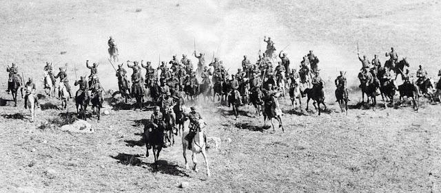 Σαν σήμερα ο ελληνικός στρατός σαρώνει την Μακεδονία και απελευθερώνει τη Νάουσα