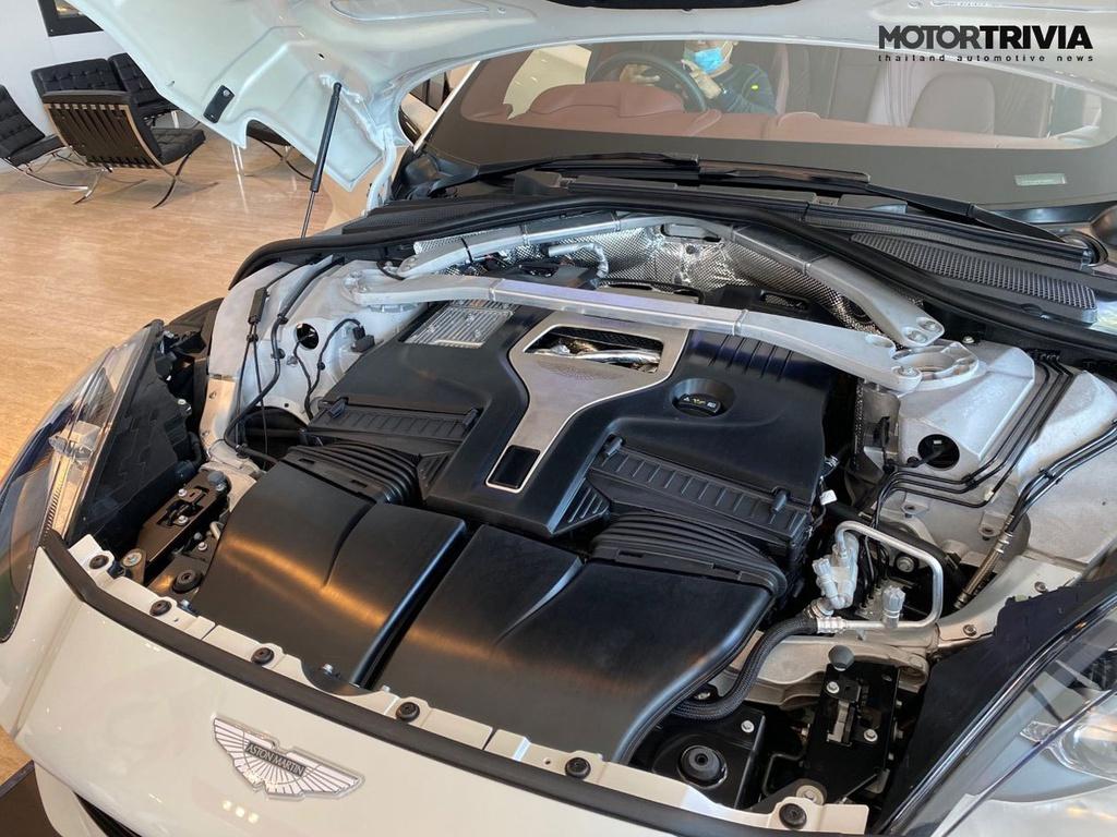 SUV Aston Martin DBX V8 chính thức ra mắt tại Thái Lan