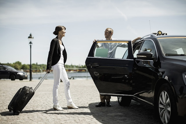 Why It's Important to Hire a Taxi from Paris to Airport?