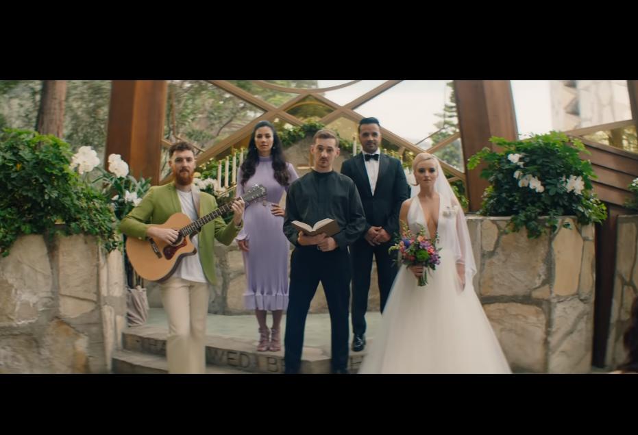 שירה לירית Baby - Clean Bandit feat Marina & Luis Fonsi (Hebrew Translation) תרגום לעברית