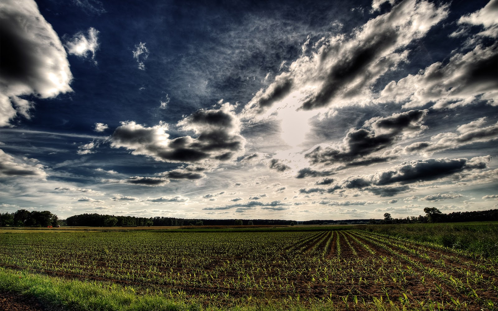 Free HD Images (FIFCU Purchased): 19 Clouds and Scenary Images - HDR