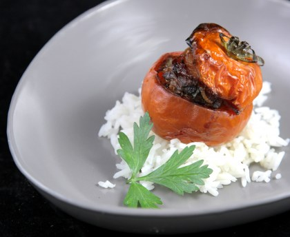 Tomatoes stuffed with meat