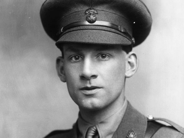 poems of siegfried sassoon Siegfried sassoon was so much more than the work he is best remembered for even though that work, this collection of near genius poetry, is the sort most aspiring poets would love to claim as theirs the great war, the war to end all wars, was one of the most singularly stupid wars my country ever fought.