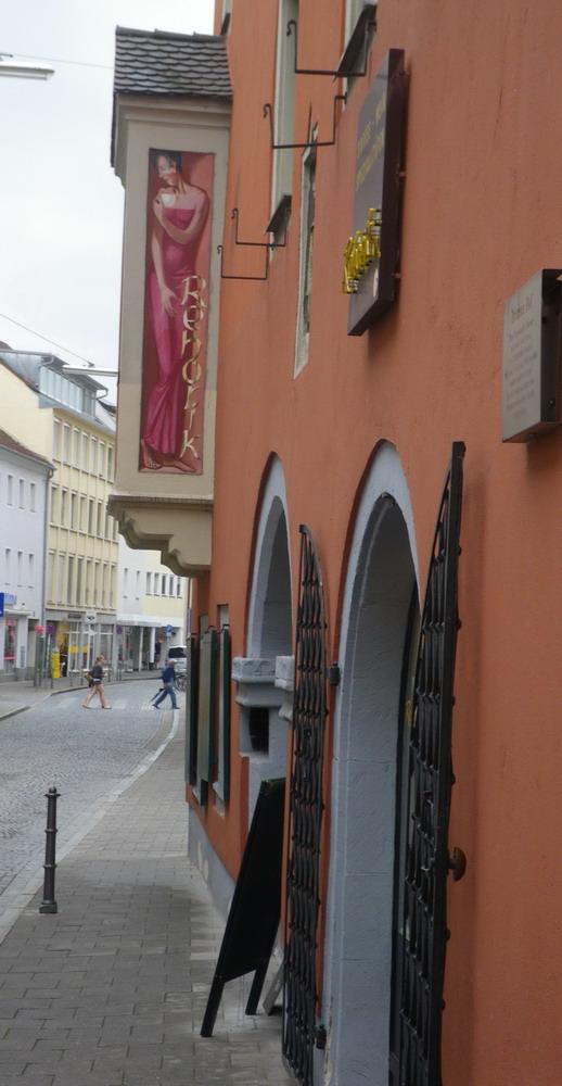 ausw rts essen regensburg kaffeekultur im 190 in regensburg. Black Bedroom Furniture Sets. Home Design Ideas