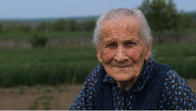"""Juliska néni Erdélyből, 102 éves: """"én mindig vártam, hogy igazságot csinálnak, de még idáig nem csináltak"""""""