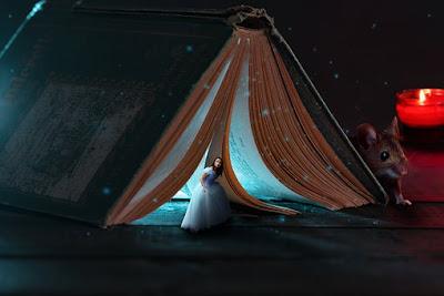 Cinderella at ball:- Cinderella story in hindi with moral