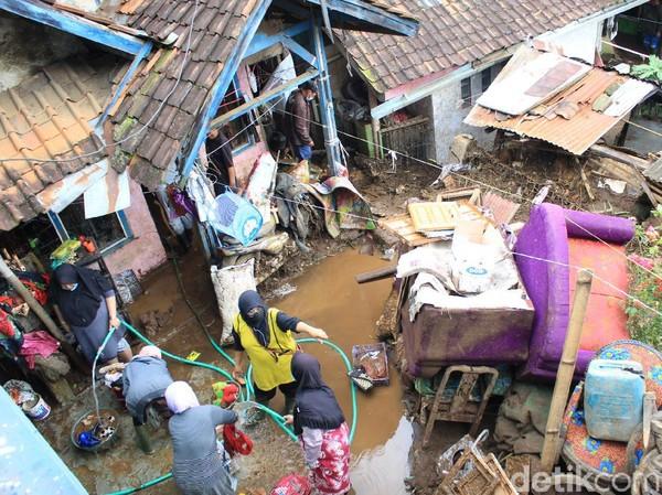 Banjir Bandang di Kertasari Bandung,54 Rumah Terendam ,7 Rumah Rusak Parah