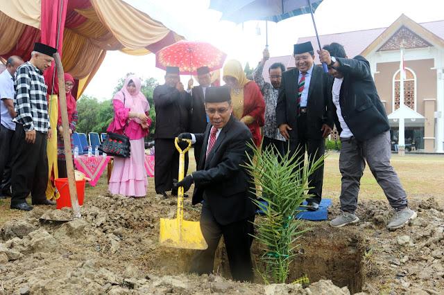 Rektor Launching Program 5.000 Pohon Bersama Alumni UIN Ar-Raniry