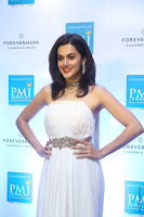 taapsee pannu launches forevermark diamond collection 16.jpg
