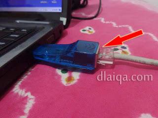 hubungkan kabel jaringan ke adapter
