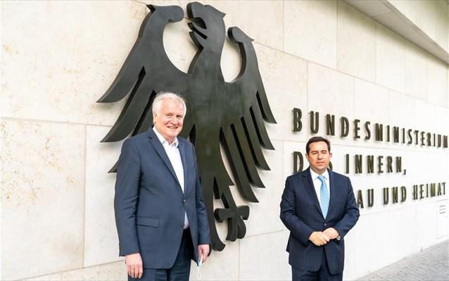 Ενίσχυση συνεργασίας Ελλάδας-Γερμανίας σε σημαντικούς τομείς της διαχείρισης της μετανάστευσης