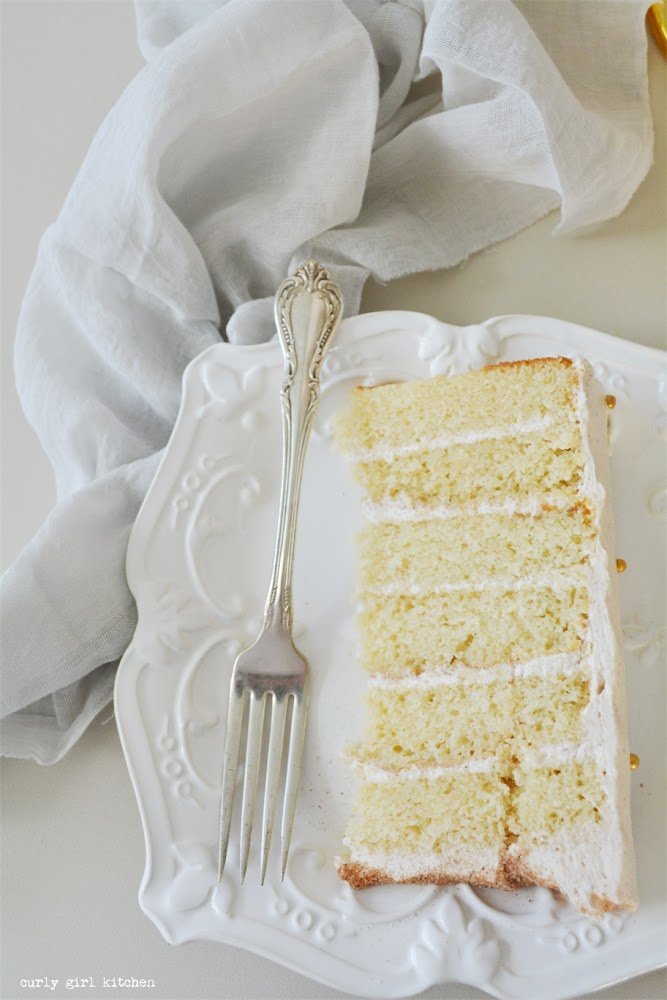 Snickerdoodle Cake, Fall Cake Recipes, Thanksgiving Desserts, Snickerdoodles, Polkadot Cake, White and Gold Cake