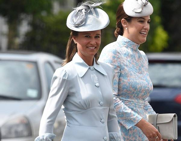 Pregnant Pippa Middleton arrives for Prince Louis' Christening